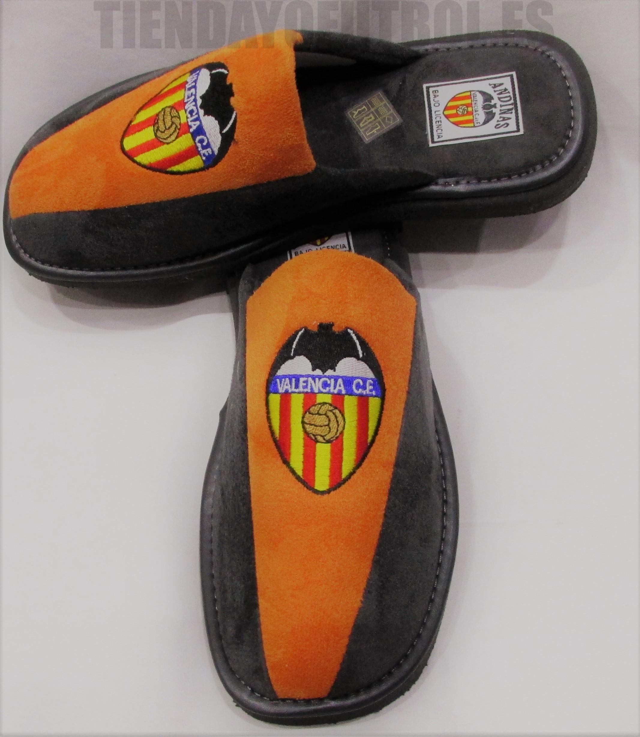 1f03e766 Zapatillas bamara Valencia | Zapatillas de estar por casa con el ...