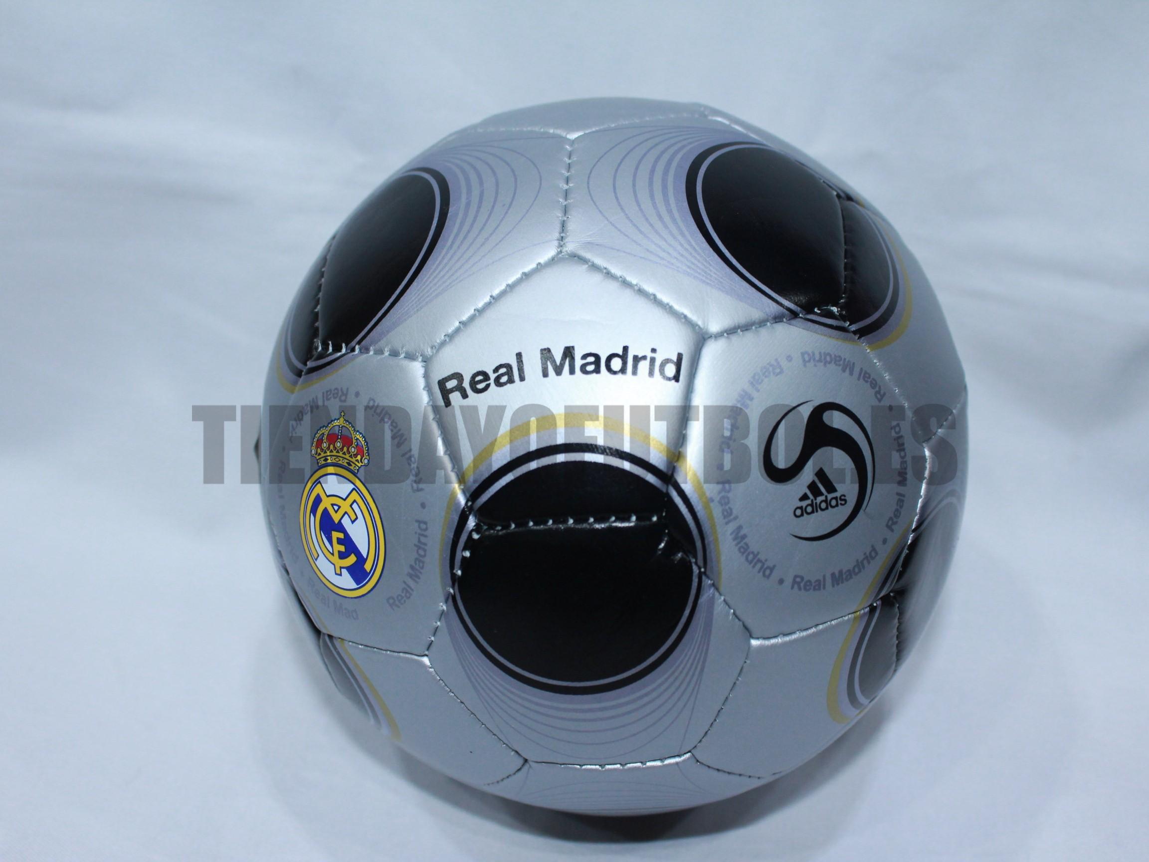 Balón Real Madrid gris  027250bbfe7b2