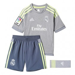 Kit 2ª 2015-16 Real Madrid CF. Adidas
