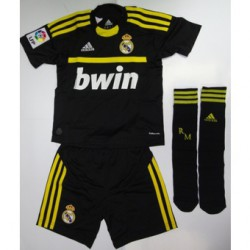 Kit portero negro-amarillo Real Madrid